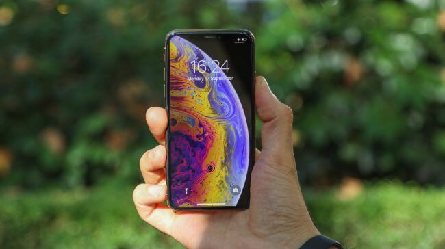 الهاتف الذكي iPhone